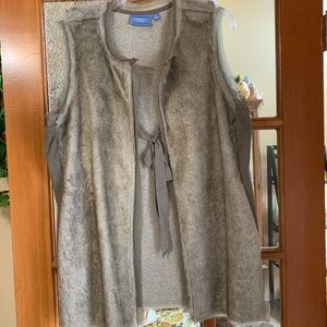 Simply Vera Wang Faux Fur Vest